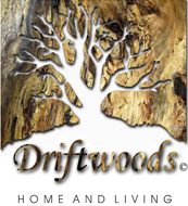Kleines Driftwoods Logo mit Home and Living