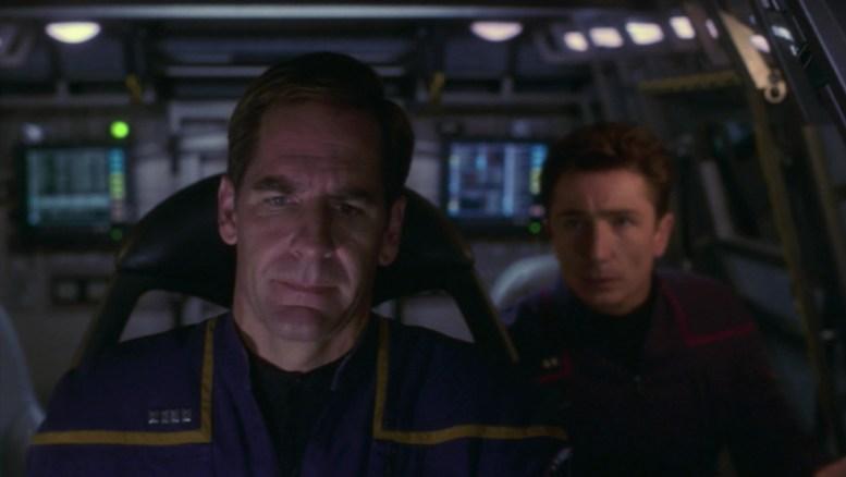 Archer e Reed no shuttlepod