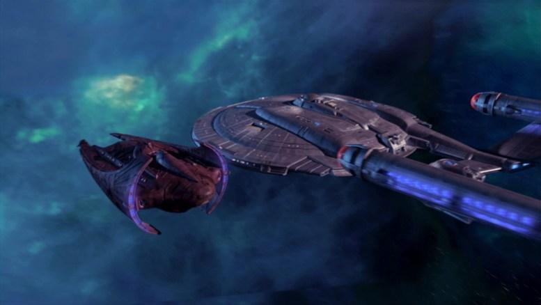Enterprise e a nave Vulcana Vaklis
