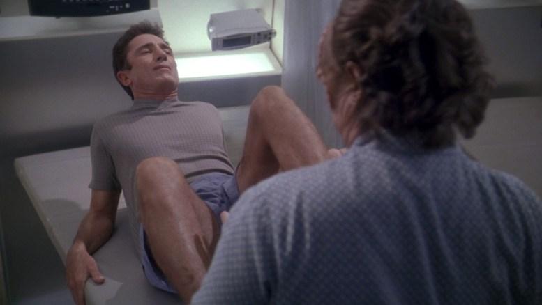 Reed fazendo fisioterapia