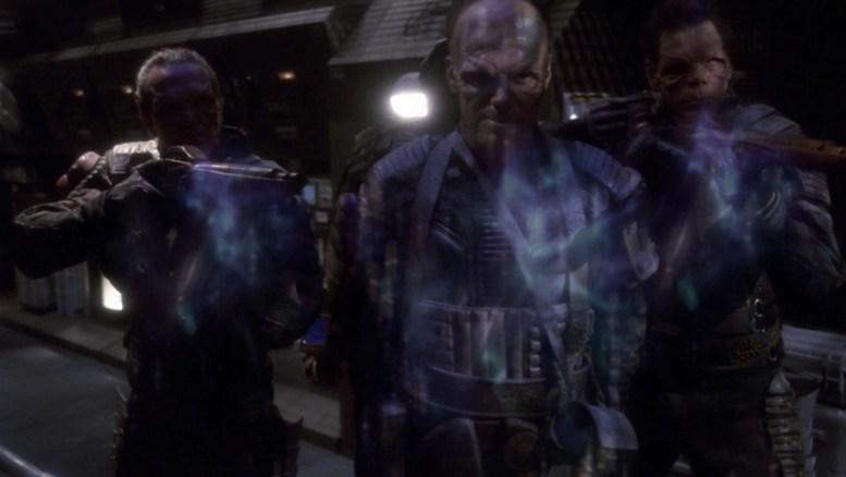 Enterprise sendo invadida por Osaarianos