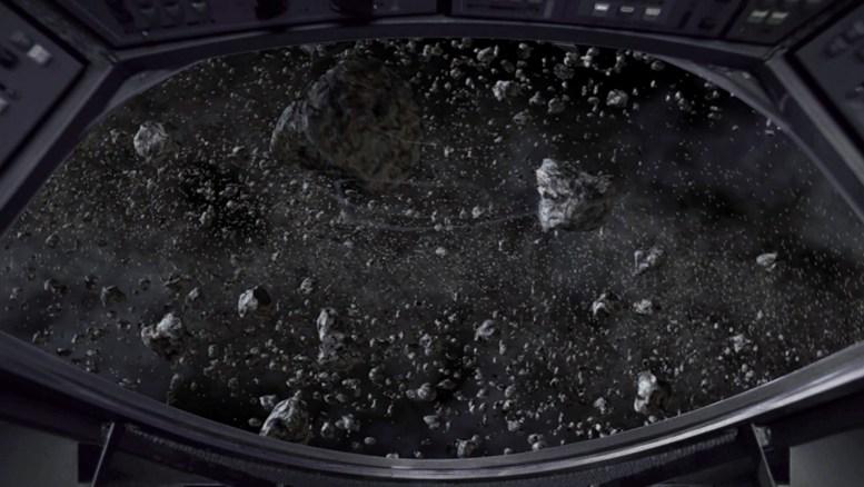Nave vulcana perdida no cinturão de asteroides