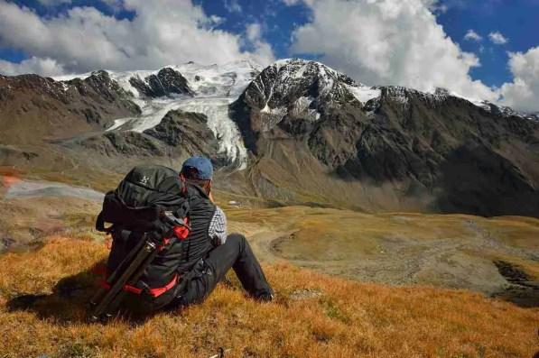 Monte Cevedale da Passi Zebrù, Giro del Confinale, V Alpini, Alpi, Italia, Stelvio, escursionismo, estate