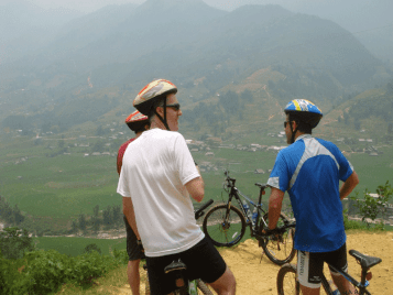 Bicycle trip to Ma Tra – Taphin valley
