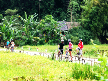 Cycle Ta Phin and Muong Hoa Valleys 2 Days
