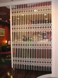 Concertina Door - S05-1 Heavy Duty Security Door ...