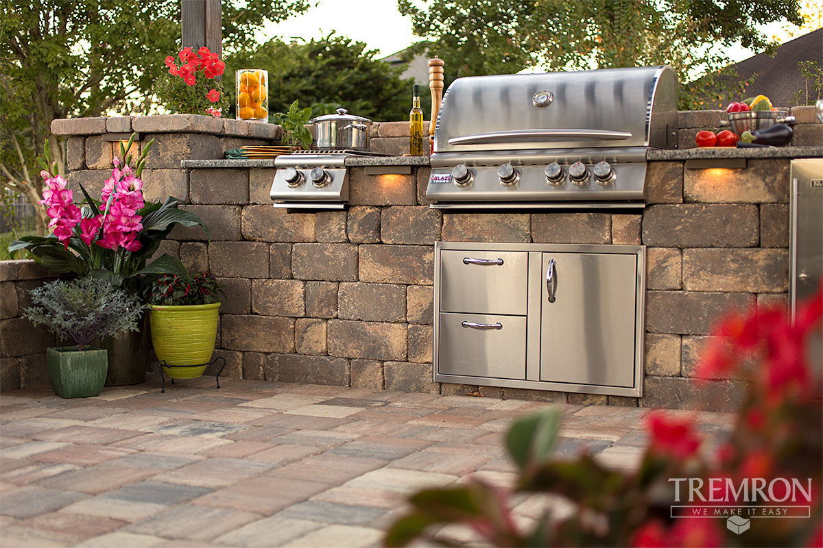 outdoor kitchen appliances packages commercial island stonegate retaining wall blocks tremron jacksonville ...