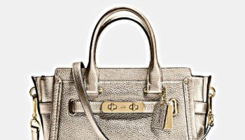 coach-swagger-27-in-pebble-leather