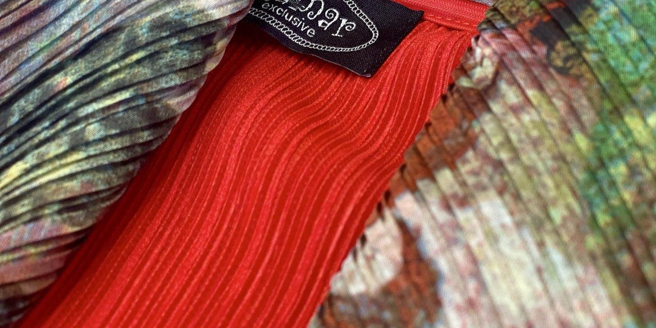 Clamar: gli abiti plissé