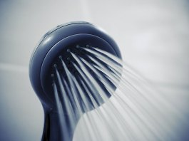 Czyszczenie słuchawki prysznicowej
