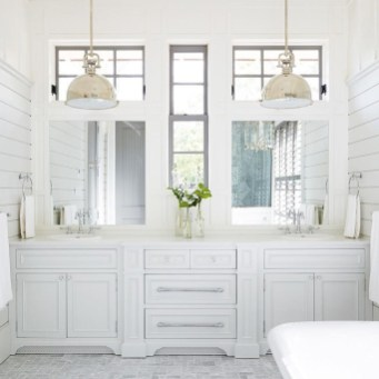 Inspiring Bathrooms With Stunning Details 33