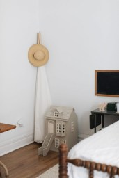 Ways Make Your Bedroom Clutter Free And Way More Chill 11