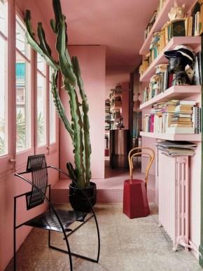 Apartment With Colorful Interior Design 48