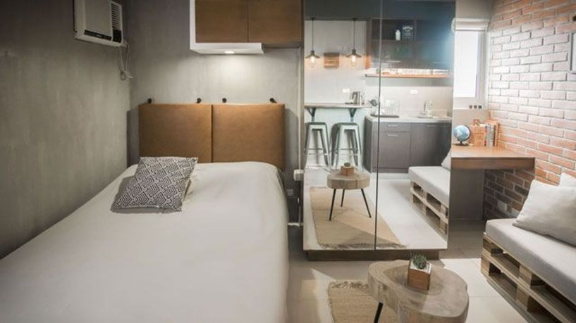 Minimalist Industrial Apartment 13