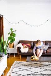 Secrets To Creating Minimalist Living Room 12