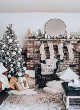 Adorable White Christmas Decoration Ideas 10