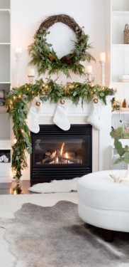 Adorable White Christmas Decoration Ideas 13