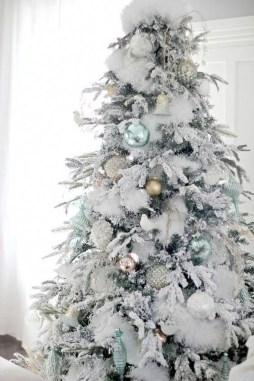 Adorable White Christmas Decoration Ideas 25