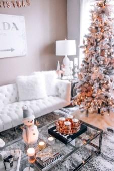 Adorable White Christmas Decoration Ideas 49