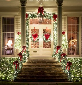 Cute Outdoor Christmas Decor Ideas 38