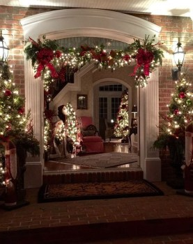 Cute Outdoor Christmas Decor Ideas 43