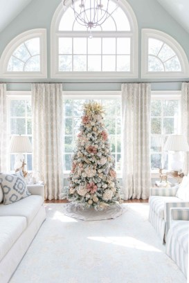 Extraordinary Christmas Tree Decor Ideas 42