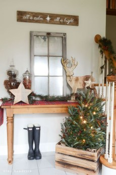 Unordinary Christmas Home Decor Ideas 21