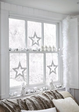 Unordinary Christmas Home Decor Ideas 46