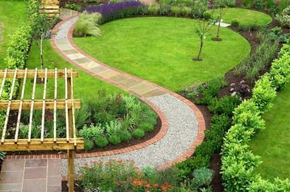 Attractive Small Patio Garden Design Ideas For Your Backyard 43