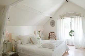 Casual Traditional Bedroom Designs Ideas For Home 14