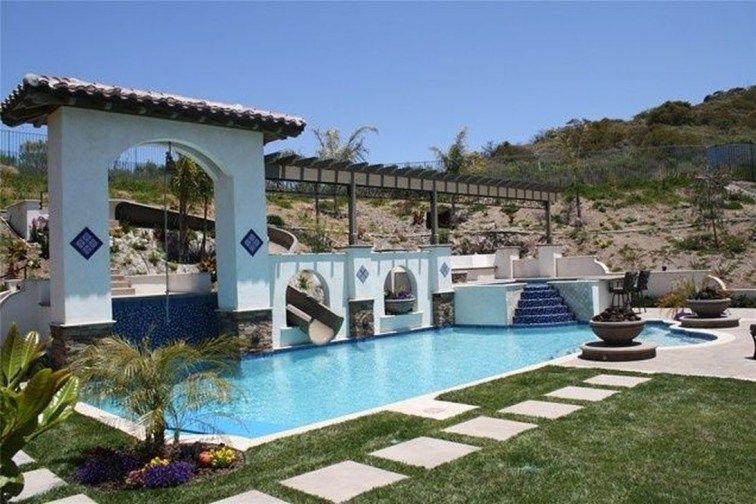 Perfect Mediteranean Swimming Pool Design Ideas 51