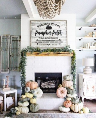 Popular Farmhouse Mantel Decorating Ideas 21