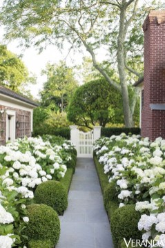 Smart Garden Design Ideas For Front Your House 06