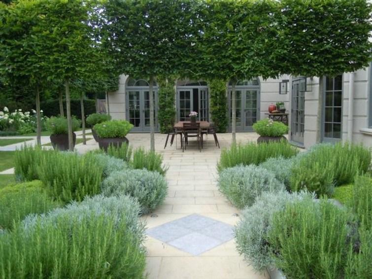 Smart Garden Design Ideas For Front Your House 55