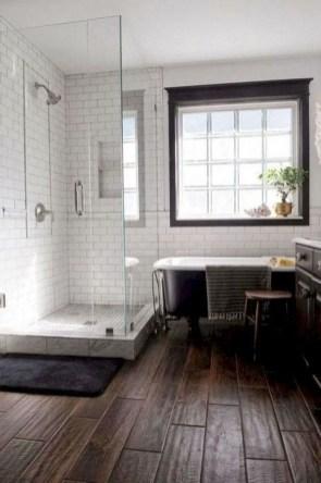 Comfy Farmhouse Wooden Bathroom Design Ideas 38