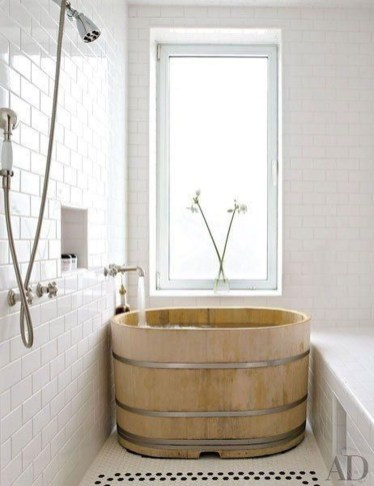 Comfy Traditional Bathroom Design Ideas With Japanese Style 10