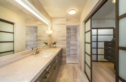 Comfy Traditional Bathroom Design Ideas With Japanese Style 21