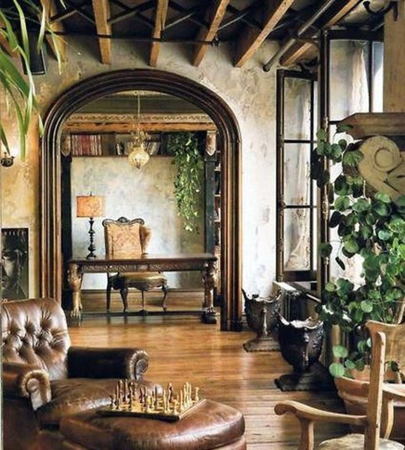 Luxury European Living Room Decor Ideas With Tuscan Style 33