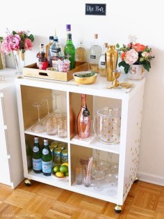 Wonderful Apartment Coffee Bar Cart Ideas 29