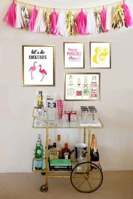Wonderful Apartment Coffee Bar Cart Ideas 41