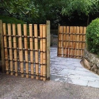 Cute Garden Fences Walls Ideas 13