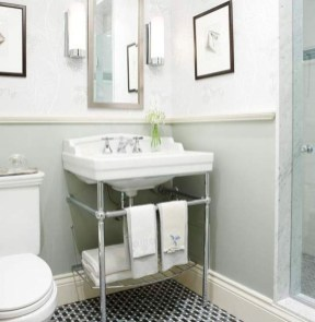 Elegant Bathroom Makeovers Ideas For Small Space 10