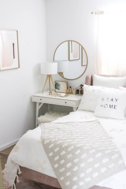 Striking Bed Design Ideas For Bedroom 15