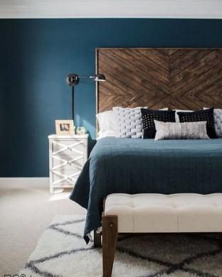 Striking Bed Design Ideas For Bedroom 16