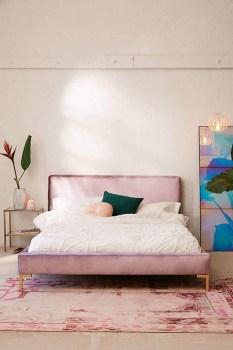 Striking Bed Design Ideas For Bedroom 36
