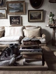 Cool Traditional Farmhouse Decor Ideas For House 04