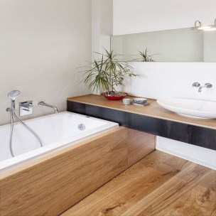 Cozy Small Bathroom Ideas With Wooden Decor 28