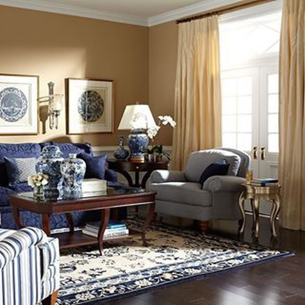 Fancy Living Room Decor Ideas With Ginger Jar Lamps 38