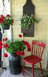 Fascinating Farmhouse Porch Decor Ideas 27