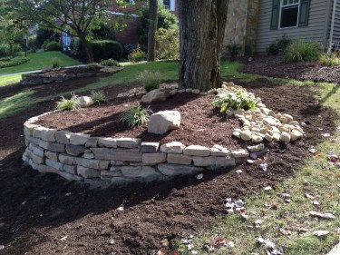 Gorgeous Front Yard Retaining Wall Ideas For Front House 45